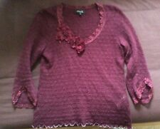 claret top with pretty lace/flower detail by Claire.dk size 38 GB12