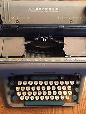 Antique UNDERWOOD SX Model  TYPEWRITER Gray Body White Green Keys All keys work