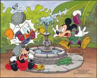 St Vincent Grenadines 1992 Disney/Mickey/Fountain/Cartoons/StampEx 1v m/s ad1008