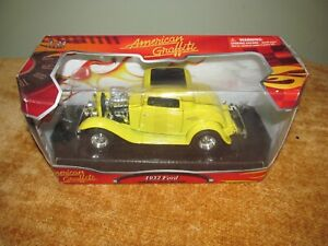1932 Ford Coupe 1/24 Die Cast Model 73000G Motormax American Graffiti
