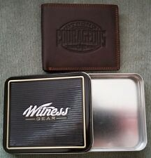 Mens Christian Strong Courageous GENUINE LEATHER BROWN Bifold WALLET w/ Gift Tin