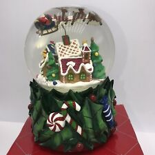 Revolving Musical Christmas Waterglobe Santa Claus is Coming To Town In Box