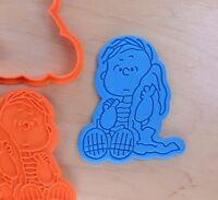 Linus van Pelt - The Peanuts - Cookie Cutter and Stamp Set - 3d printed plastic