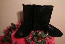 NEW! BEARPAW Black Suede Leather Red Sparkle Sheepskin Short Boots Size 9
