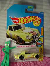 Datsun FAIRLADY 2000 #22✰yellow;orange rim mc5✰Legends✰2017 Hot Wheels Case B