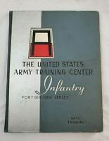 1960 UNITED STATES ARMY TRAINING CENTER INFANTRY YEARBOOK, FORT DIX, NEW JERSEY