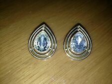 VINTAGE TRIFARI GOLD TONE EARRINGS WITH BIG CRYSTAL