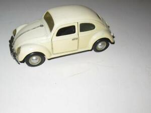 """DIECAST-  VOLKSWAGEN CAR - 1/25TH SCALE - APPROX 6""""  LONG- GOOD- W15"""