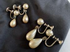 Pearl Drop Screw Teardrop In Earrings Lot 2 Pairs Vintage Fau 00006000 x White