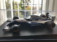 Minichamps Williams Damon Hill 1/18 Scale