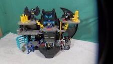 IMAGINEXT DC Super Friends Batman Bat Cave w/  Characters Action Figures