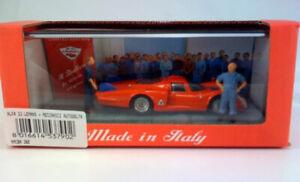 Alfa 33 Lemans + Meccanici Autodelta IL BIALBERO 1:43 MMCBA380