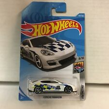 Porsche Panamera #303 * White Police * 2018 Hot Wheels International * G11