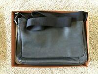 Coach Metropolitan Courier Black Pebble Leather Bag w/ Original Box Great Cond