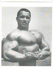 young Arnold Schwarzenegger Side Chest Pose 1967 Bodybuilding B+W Photo