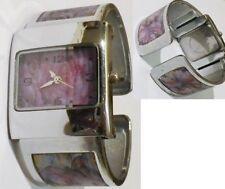 montre rétro bracelet rigide hologramme rose et papillon quartz troteuse * 4763