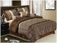 7 Piece Safari Zebra Giraffe Print Brown Micro Fur Comforter, Bed in Bag, King