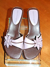 NWOB Women's Apostrophe Leather Lilac Slip On Sandals Size 8.5