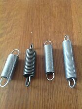 Tension Spring Mixed Pack anglais yeux Pack de 4