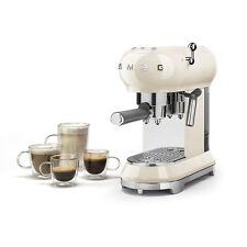 Smeg - Machine du café expresso en poudre Crème fouettée ECF01CREU - Revendeur