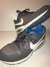 NIKE MEN AIR MAX COLISEUM 555423 014 Dark Grey White Blue Running Shoes