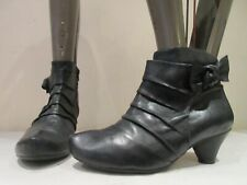 CLARKS SOFTWEAR BLACK LEATHER ZIP UP ANKLE BOOTS BOOTIES UK 6 (3438)