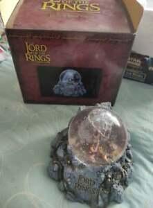 !!!! Lord of the rings / le seigneur des anneaux : GOLLUM snow globe, NECA 2002