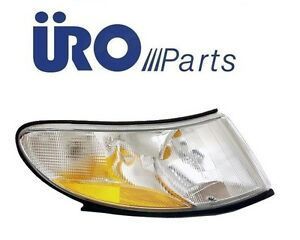 Fits Saab 9-3 94-03 Front Passenger Right Turn Signal Light Assembly URO 4676466