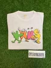KAWS X UNIQLO 2016 T-Shirt Logo Dancing Letters Size Medium Pre-Owned.