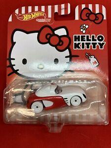 Hot Wheels 2021 HELLO KITTY Character Cars NEW HELLO KITTY