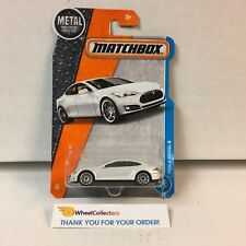 Tesla Model S #26 * WHITE * 2017 Matchbox M Case