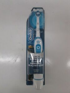 ORAL B PRO HEALTH CLINICAL BATTERY POWERED TOOTHBRUSH (WHITE) AK 1391