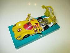 Porsche 907 gelb jaune yellow #14, Märklin RAK #1815 in 1:43 on pedestral Sockel