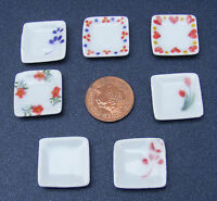 1:12 Scale 4 Dolls House Miniature Square Patterned Ceramic Plates Accessory