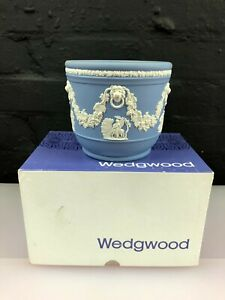 """Wedgwood Blue Jasper Ware Boxed Grecian Planter / Plant Pot 5"""" Wide 2 Available"""