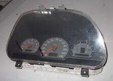 Volvo V40 1,8 Tacho Kombiinstrument 30819873
