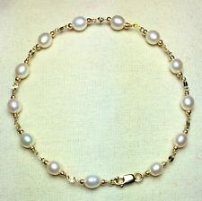 14k solid y/gold natural freshwater white Pearl bracelet 7 inches lobster claw