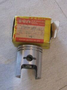 SUZUKI X6/T20/TC250 ENGINE PISTON 0.50 OVER NOS!