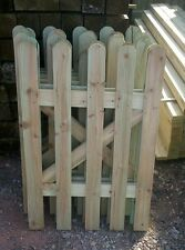 SMALL  PICKET GARDEN GATE HIGH QUALITY WOOD 66cm X 90cm - plus FREE HARDWARE