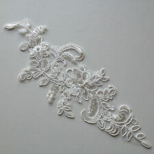 Bridal Ivory White Floral Embroidery Applique Motif Lace Sewing Trims (EB0211)