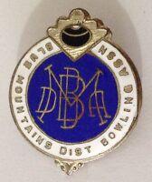 Blue Mountains District Bowling Club Badge Pin Vintage Lawn Bowls (L34)