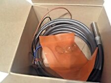 Omron Type E2EG-X1R5B1 Proximity Switch 12-24 VDC 2M new in OE packaging