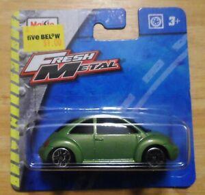 2015 Maisto Fresh Metal Volkswagen Beetle Diecast Car