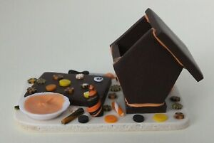Dollhouse Miniatures: Halloween gingerbread house in the making, handmade