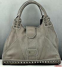 Femme Neuf Guess Sac a main Authentique Taupe Rebel Stud SATCHEL Neuve
