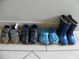 4 Paar Kinder Schuhe Paket Jungen gr. 23/24 Sandalen  Freizeit Konvolut