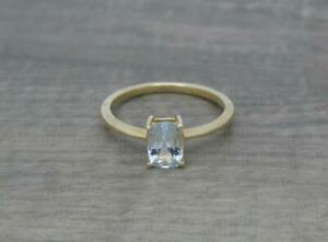 Beautiful Elegant 9ct Gold 0.90ct Natural Aquamarine Solitaire Ring Size N 1/2