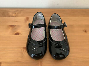 Stride Rite Baby girl sz 6M CAMILA Patent rhinestone flower mary jane shoes