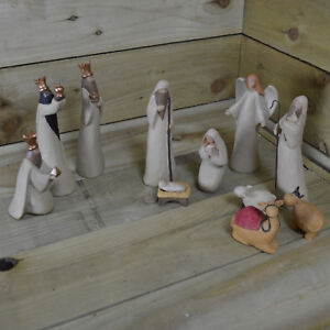 20cm Tall 11 Piece Luxury Festive White Wood Effect Christmas Nativity Scene Set