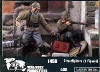 Verlinden Productions 1:35 Streetfighters - 2 Resin Figures Kit #1458
